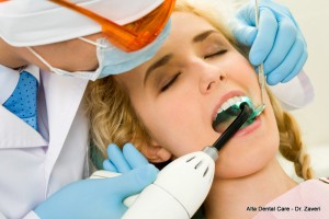 choosing dental implant dentist